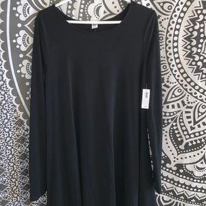 Simple Long Sleeve Black Dress